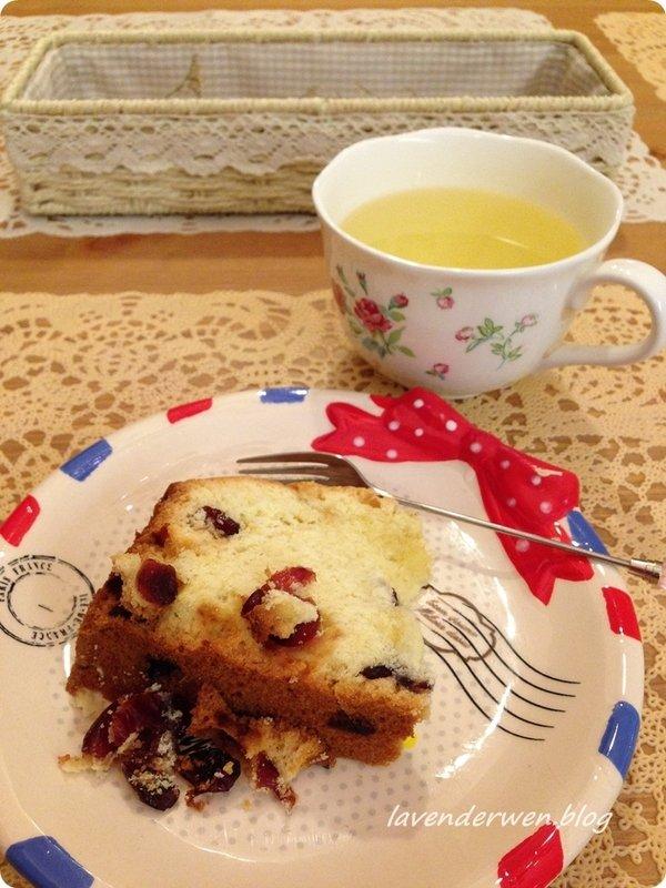 2014.10月-10月的大确幸~收到姊妹亲手做的蔓越莓磅蛋糕与曼谷飞回来的礼物还是让DiDi狂流口水的手工零食 恋爱 第4张