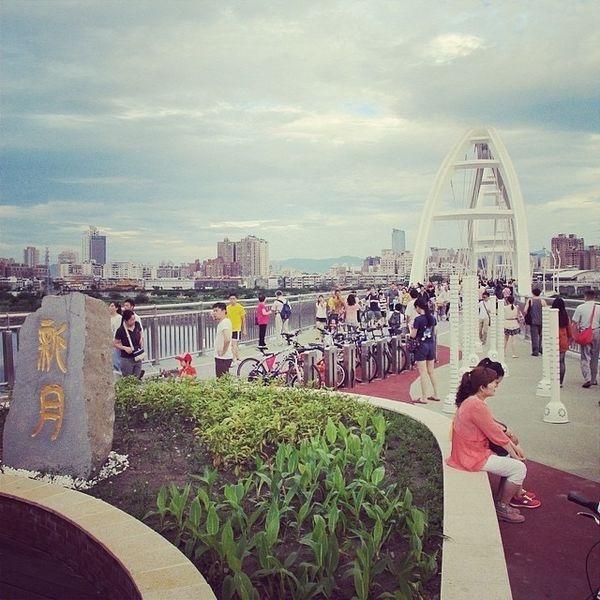 新月橋 ❤ 從板橋走路去新莊