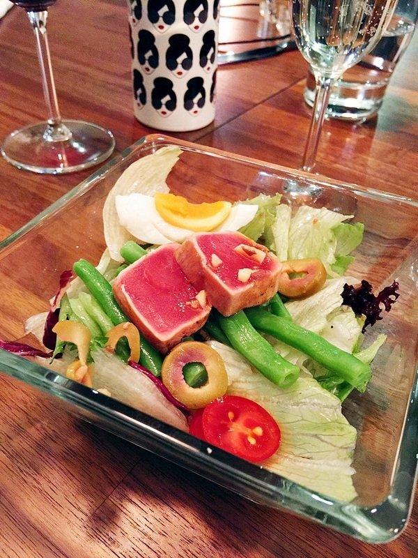 香煎魚沙拉佐香蒜鯷魚醬.JPG