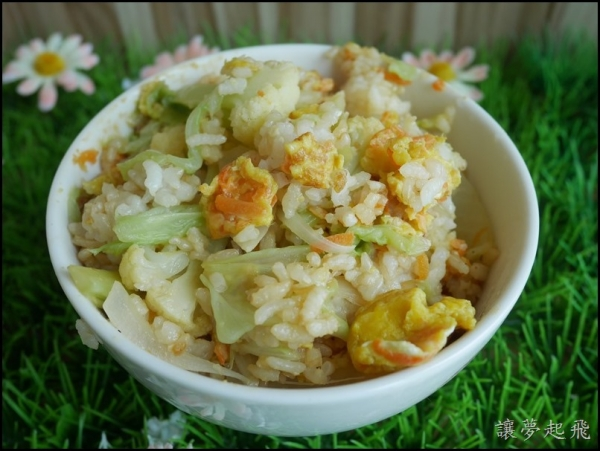 【食譜】時蔬蛋炒飯(以梅爾雷赫冷壓初榨橄欖油示範)