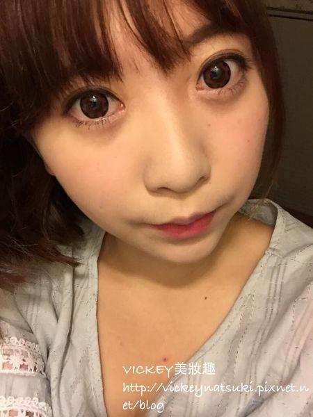 Vickey【美妝】溫柔姐姐系彩妝/1028馬卡龍眼妝盒示範妝Part2/