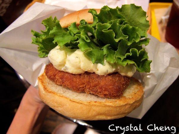 【2015東京✈新宿美食推薦】Freshness Burger 現做Fish Burger酥脆麵衣香噴噴好推薦!!(2015 東京自由行)