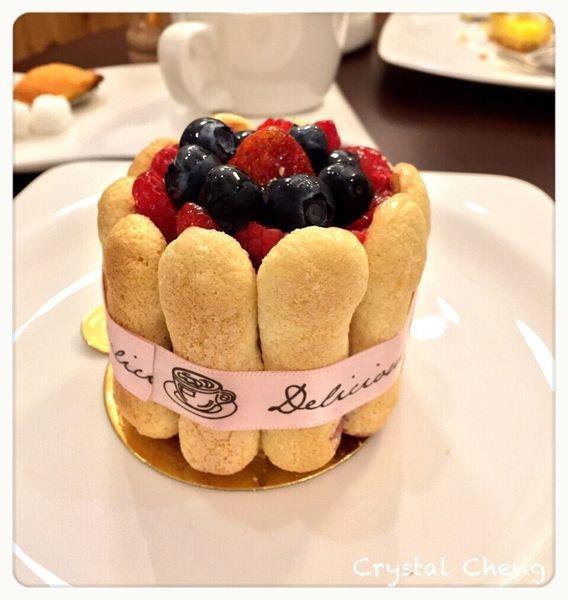 【台中美食推薦】Bonbons Cafe 甜點咖啡舖 小巷弄內有質感甜點咖啡鋪