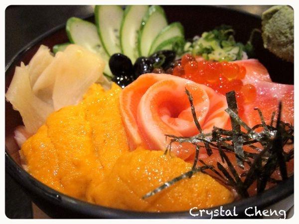 【台北美食推薦】魚饌日式鮮料理 什麼!!有海膽的丼飯才280!!??