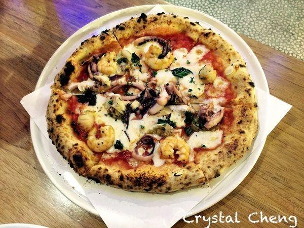 【台北美食推薦】淬義 pizzeria & trattoria tre 認證過的美味拿坡里pizza(內湖美食 內科美食 義大利麵)