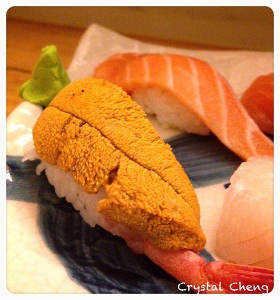 【台北美食推薦】串鳥 炭火直燒 第一次見到干貝海膽漢堡就是在這!!