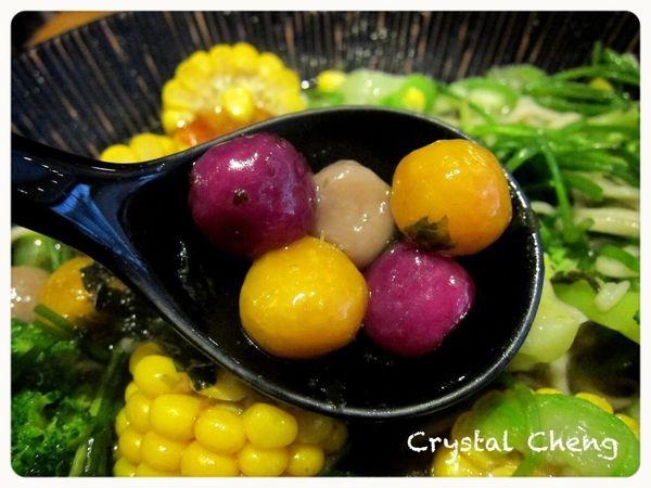 【台中美食體驗】Veges M 饗蔬職人 清爽藥膳湯頭蔬食滷味 湯圓芋圓居然也入滷味啦!