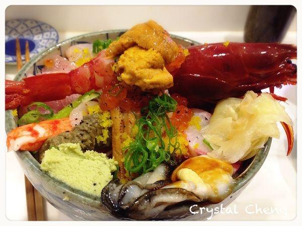 【新北美食推薦】二男小家料理 非常澎湃海鮮丼簡直就是珠寶盒 新鮮又美味推薦!!(中和美食 日本料理)