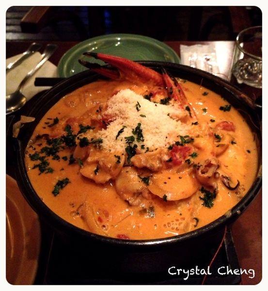【台北美食推薦】Yaya's 生蠔酒館 美味滿滿海鮮義式海鮮鍋怎麼能不吃!!
