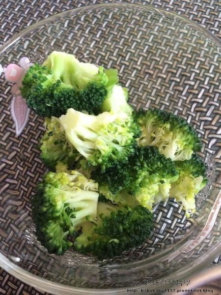《副食品》5M 綠花椰菜泥 ─ 有蔬菜之王與防癌高手之稱
