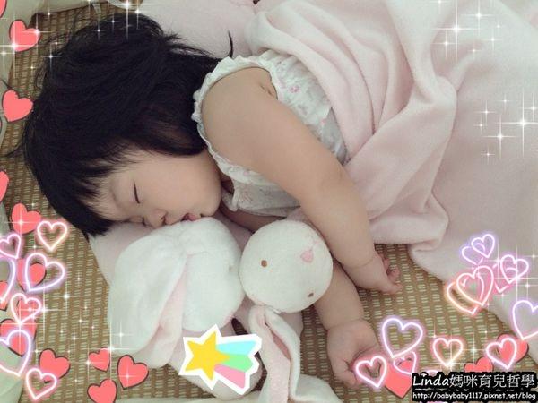 《育兒好物》觸感柔軟的明星商品:Angel Dear曲線動物大枕頭和大頭動物嬰兒毛毯