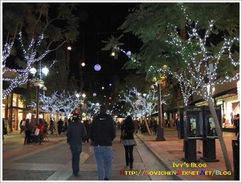 [15M5W] 1121 入夜的Santa Monica街景_1.JPG