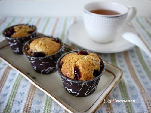 ♥ 艾薇廚房 ♥  Muffin。蔓越莓馬芬