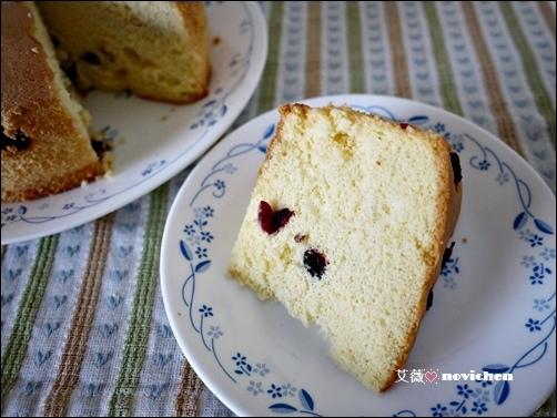 ♥ 艾薇廚房 ♥ 酸酸甜甜的好滋味 ▌蔓越莓戚風蛋糕 ▌