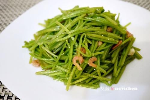 ♥ 艾薇廚房 ♥ 清爽鮮甜的蔬菜料理 ▌蝦米炒野蓮 ▌