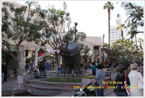 [15M5W] 1121 白天的Santa Monica街景_1.JPG