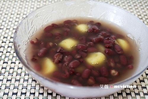 ♥ 艾薇廚房 ♥ 蕃薯粉+水,就可以做出Q彈的 ▌手工地瓜圓 ▌(步驟圖文版)