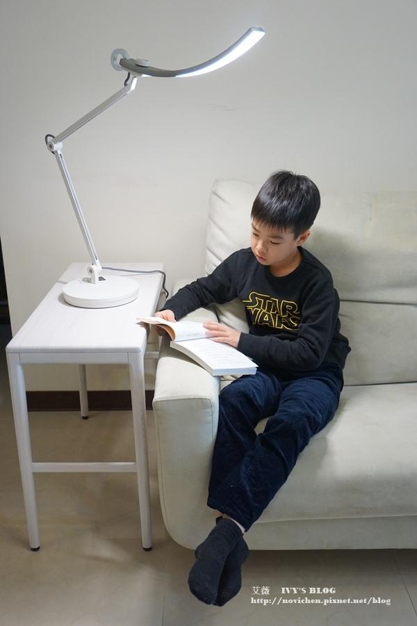 螢幕閱讀檯燈_23.JPG