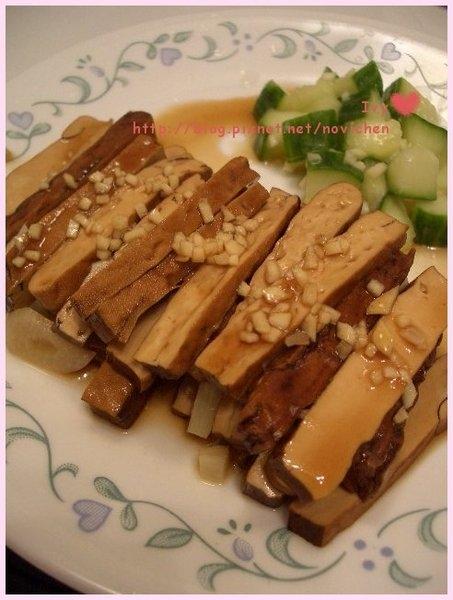 *中式小菜* 涼拌小黃瓜 & 滷豆腐