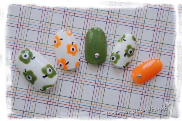 《DIY凝膠指彩》綠色小花-邦妮兔甜心甲油膠