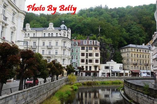 [捷克]2011東歐蜜月Day4:卡羅維瓦利Karlovy Vary、布拉格Prague