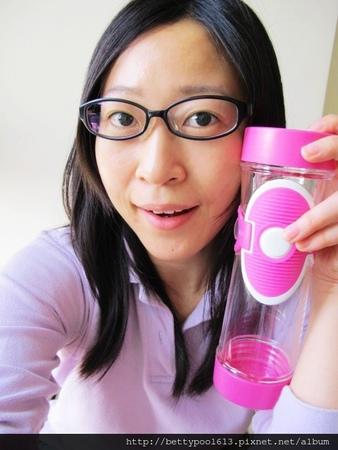 [女人知己試用大隊]一杯泡出幸福好滋味♥好茶福蝴蝶杯♥好杯分享推薦