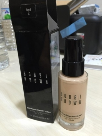 【BOBBI BROWN 自然輕透粉底液SPF15 PA+】30秒打造清透自然裸肌妝感
