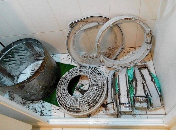 【清潔】丁師傅 專業洗衣機清潔保養~你家洗衣槽有多髒?唉噁~原來我每天都穿霉垢的衣服