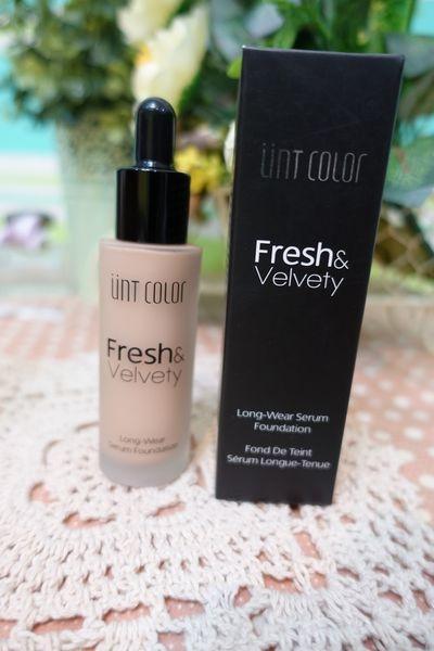 【彩妝】UNT輕透絲絨感持久粉底~控油、防水的半霧感妝容