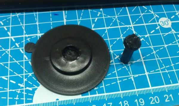 【改造】行車紀錄器吸盤維修-煙屁膠改-木屑膠