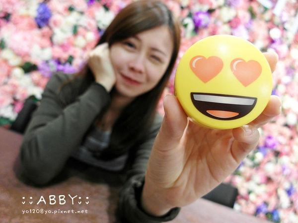 │韓國必買 & 9種用法分享│innisfree無油無慮礦物控油蜜粉 超可愛11周年Emoji表情符號限定版 ❤