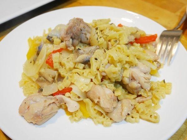 【動動腦料理】趣味食材,好吃好玩又健康:安永鮮物 德國AG金麥恐龍有機造型麵