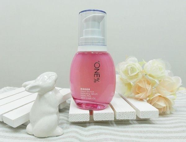 Plus 保濕再升級,針對亞洲女性的肌膚打造:+ONE%歐恩伊微元素奇蹟保濕精華液