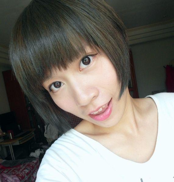 [變髮] 亞麻綠 x 灰,永和 Dream Hair 細心的Nico幫我美髮成真了!