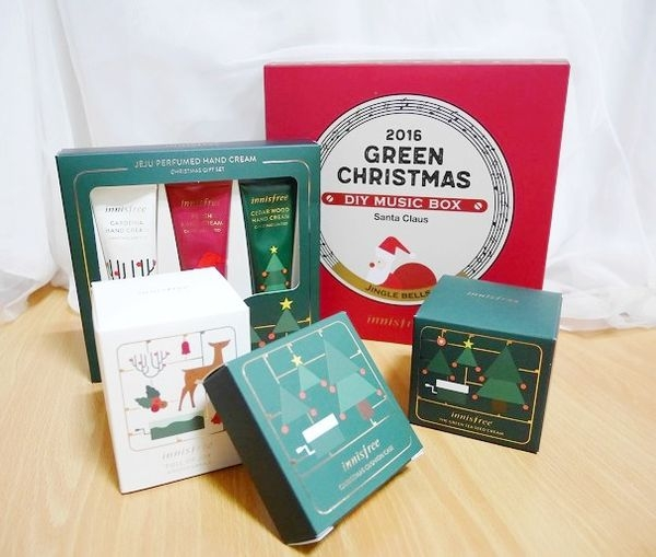innisfree 聖誕限定禮盒套組:DIY公益音樂盒、香氛蠟燭、氣墊粉餅盒、護手霜組