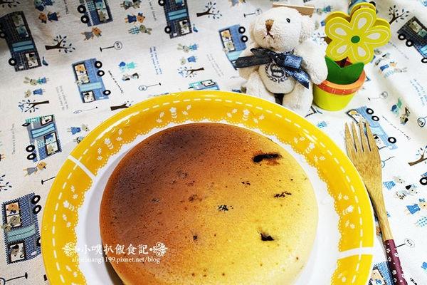 【小噗廚房】電子鍋料理~巧克力葡萄鬆餅蛋糕(食譜)