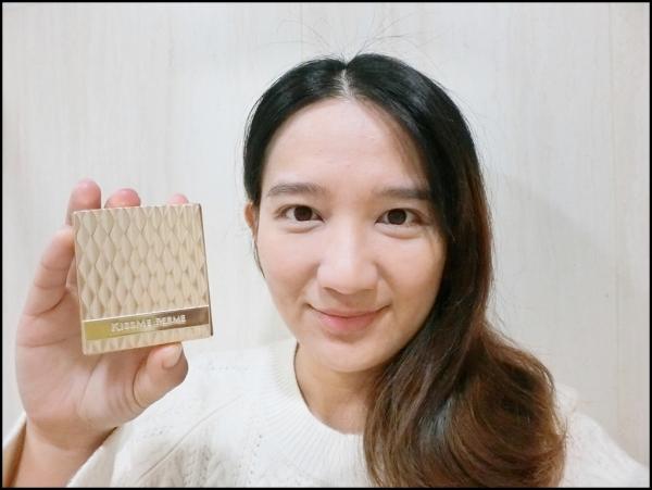 FOR媚II金燦保濕粉餅 CIMG4941.JPG