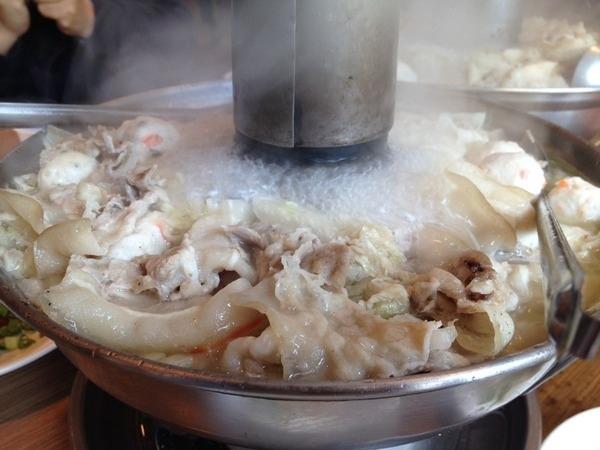 <中式餐廳>劉家酸菜白肉鍋-來試試遠近馳名的酸味