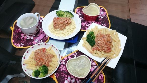 【LE CREUSET 】鑄鐵鍋 蕃茄肉醬義大利麵-LC鍋食譜分享-W親子館