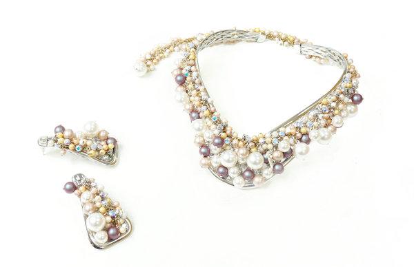 海中星星項鍊白金色$29,800+海中星星耳環白金色$9,980.jpg