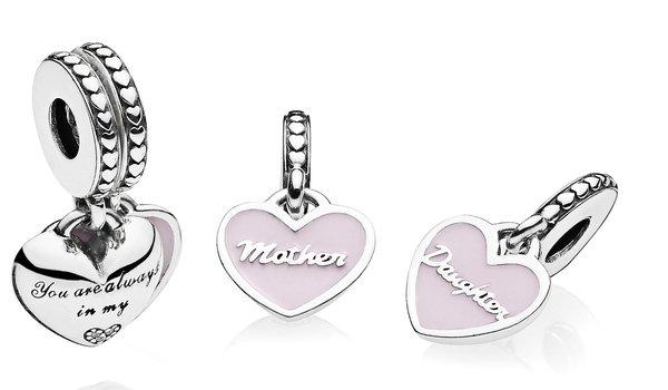 PANDORA 媽咪與女兒雙愛心琺瑯925銀吊飾NT$2,580.jpg