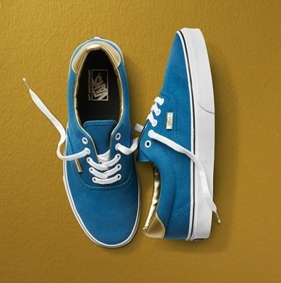 Vans_50th_Gold_Elevated_Authentic_DukeBlkGoldFoil_H-1016x1024.jpg