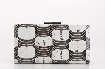 KAMERON蛇皮手拿包, 建議售價NT$89,900.jpg