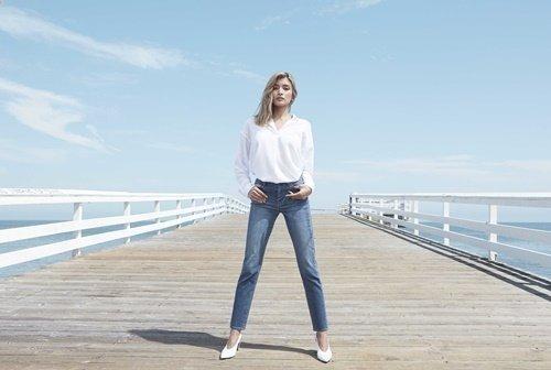 【UNIQLO新聞圖】UNIQLO女裝高腰煙管褲.jpg