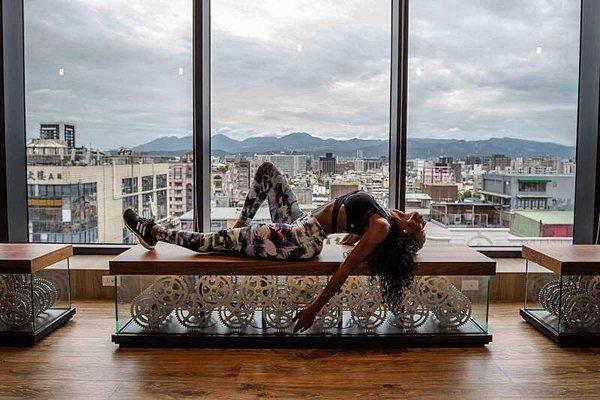 圖二 節錄至 JJ Dancer instagram 拍攝於於台北明曜旗艦館 .jpg