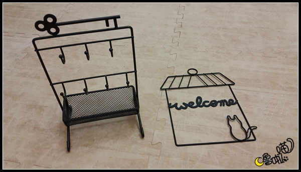 【DIY。美妝】材料便宜 步驟簡單 自製通風透氣好用刷具架 刷具排排站做日光浴囉~ 同場加映私房洗刷神器