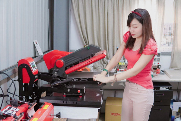 客製化抱枕印刷體驗-熱轉印機推薦