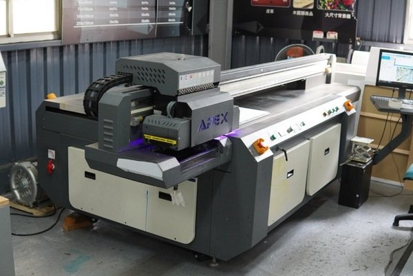 APEX工業型UV數位平板印刷機-UV直噴機推薦