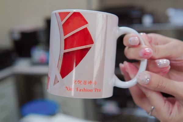 客製化馬克杯成品展示-熱轉印機