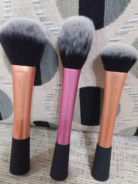 Real Techniques刷具-蜜粉刷Powder Brush、腮紅刷Blush Brush、專業臉部刷(粉底液刷)Expert Face Brush